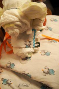 Knistertuch als Decke für den Elefanten